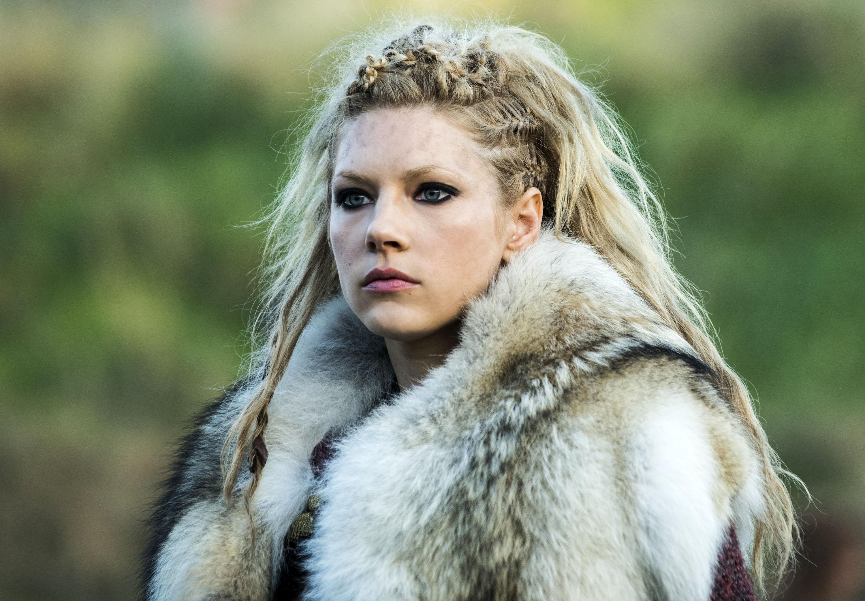 любительские фото скандинавские девушки